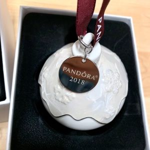 Exclusive New Pandora 2018 Christmas Ornament